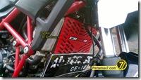 Modifikasi Honda CB150R ala supermoto  2