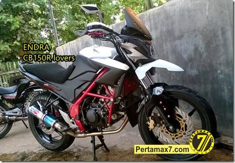 Modifikasi Honda CB150R ala supermoto a