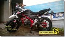 Modifikasi Honda CB150R ala supermoto b