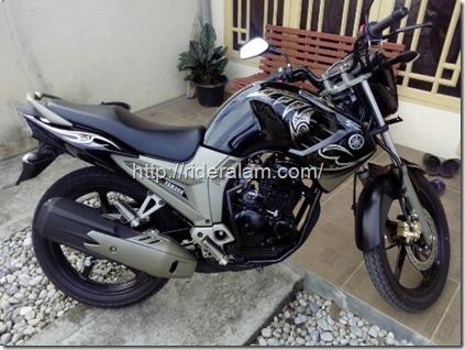 yamaha scorpio black gold 4