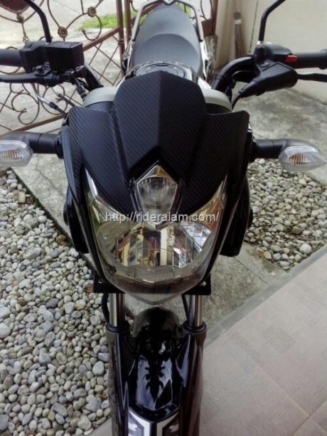 yamaha-scorpio-black-gold.jpg