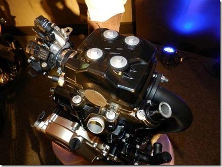 bajaj-pulsar-200ns-engine-01 (Small)