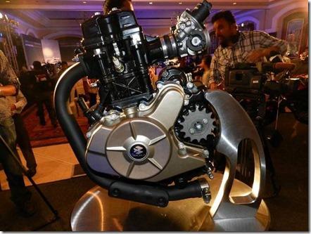 bajaj-pulsar-200ns-engine-02 (Small)