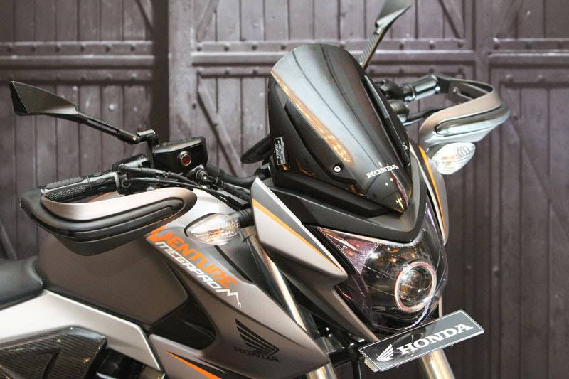 Modifikasi Honda New Megapro touring ala AHM 17
