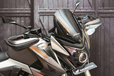 Modifikasi Honda New Megapro touring ala AHM 17