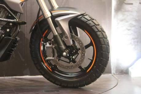 Modifikasi Honda New Megapro touring ala AHM 18