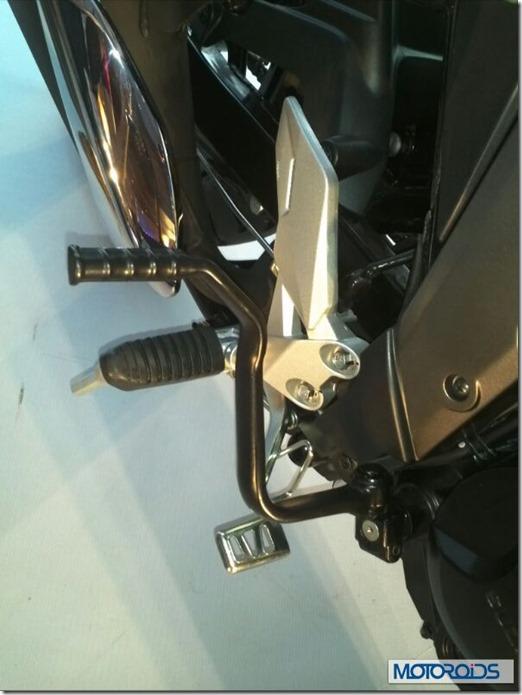 Suzuki GIXXER 150  16