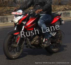 xNew-Bajaj-Pulsar-200-NS-with-Fuel-Injection-Spy-Shots-rush-lane-2