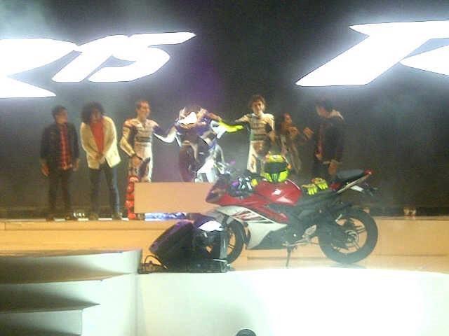 yamaha-R15-indonesia.jpg