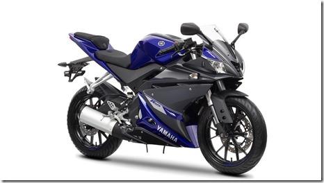 2014-Yamaha-YZF-R125-EU-Race-Blu-Studio-001