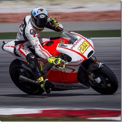 Andrea Iannone with KYT Helmet sepang