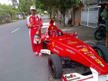 Daihatsu-Hijet-jadi-F1-Lombok6-Small.jpg