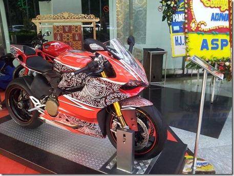 Ducati motif Batik Indonesia 19