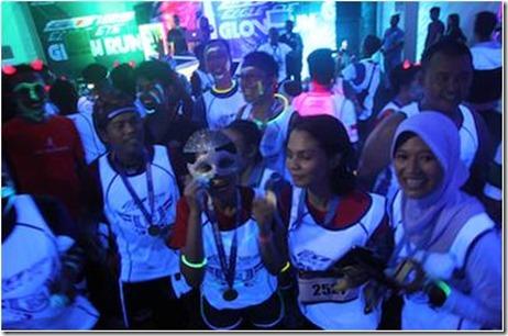 Glow Run Surabaya 3