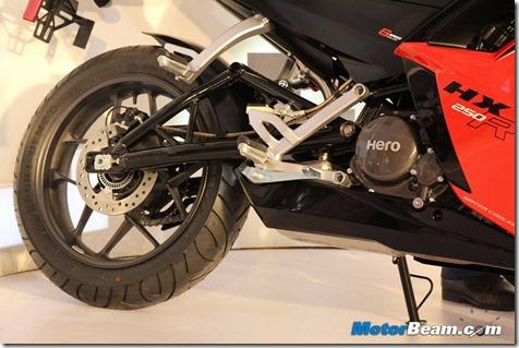 Hero-HX250R-Engine