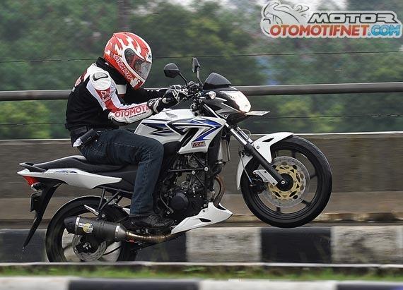 Honda Cb150r Bored Up Jadi 166 Cc Tembus 27 Hp Bisa Jabanin Ninja 250 Nih Pertamax7 Com