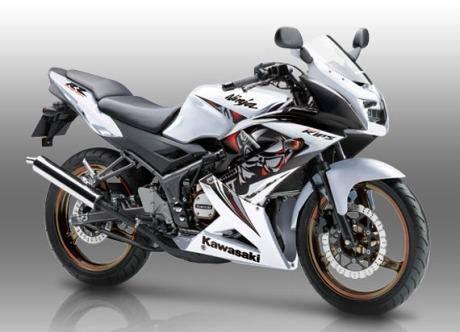 ninja-150-RR-special-edition.jpg