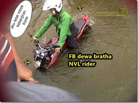 Yamaha New V-ixion Lightning terjang banjir