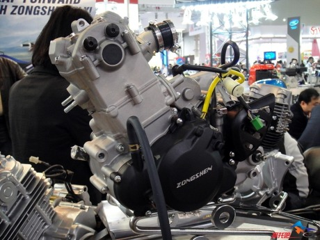 Zongshen-RX3-engine-250.jpg