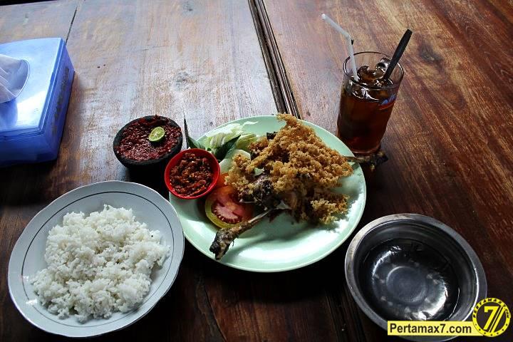 Ayam Goreng Pak Cipto Sukoharjo 10