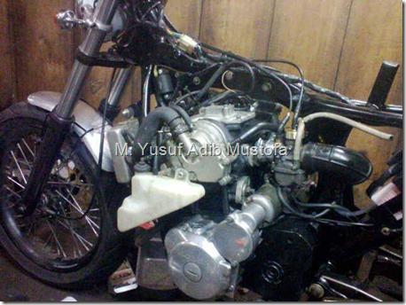 Honda CB modip 320 cc pakai head cylinder Yamaha Vixion 5