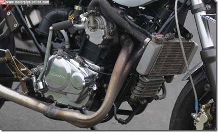 Honda CB modip 320 cc pakai head cylinder Yamaha Vixion 9