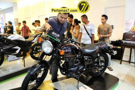 Launching Kawasaki ESTRELLA 250 RR mono Yogyakarta  63