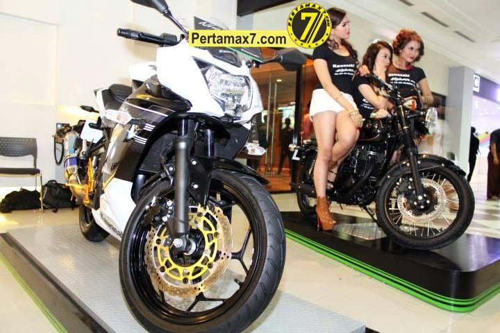 Launching Kawasaki Ninja 250 RR mono Yogyakarta 113