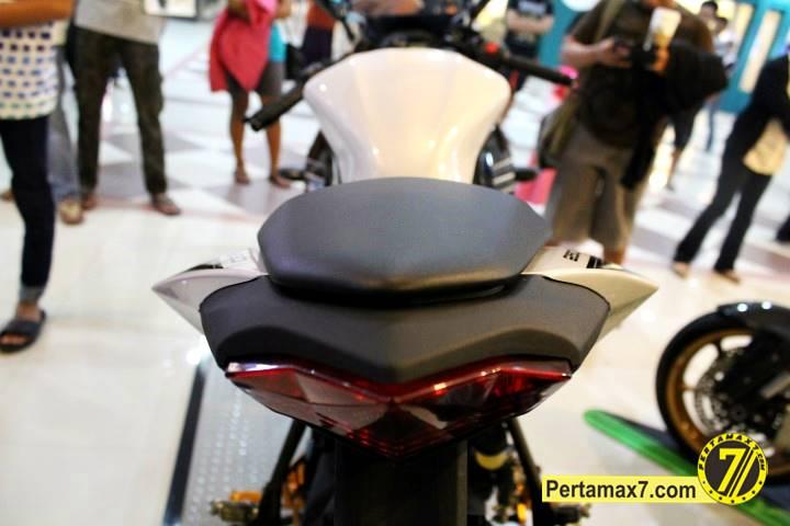 Launching Kawasaki Ninja 250 RR mono Yogyakarta 72