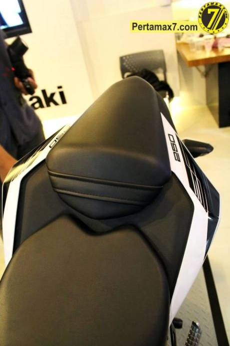 Launching Kawasaki Ninja 250 RR mono Yogyakarta 78