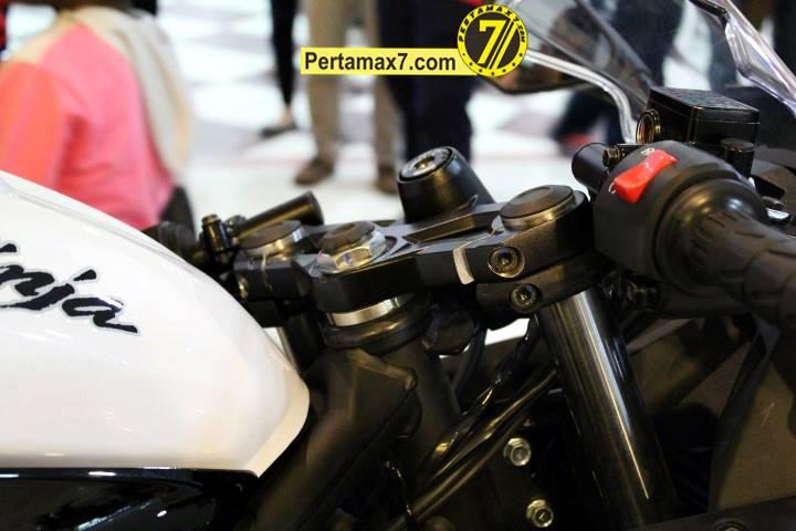 Launching Kawasaki Ninja 250 RR mono Yogyakarta 92