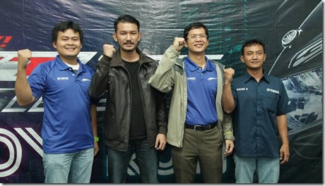 Manajemen Yamaha dan Rio Dewanto di press conference Glow Run GT125 Bandung