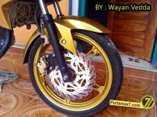 Modifikasi Yamaha New Vixion titanium Gold jadi Full Gold 004