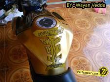 Modifikasi Yamaha New Vixion titanium Gold jadi Full Gold 005