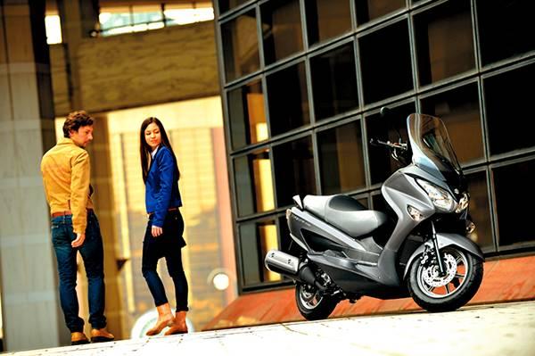 Suzuki Burgman 200 Indonesia 2014 009