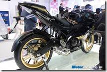 Yamaha-R15-Black-2014