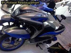 Yamaha YZF-R15 V2.0 , TRICITY 125 dan SR 500, R15 v2.0 Indonesia kapan