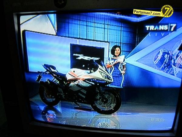 yamaha-yzf-r15-v-20-indonesia-008.jpg