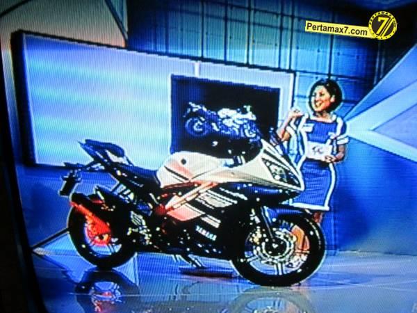 Yamaha YZF-R15 V.20  Indonesia 009