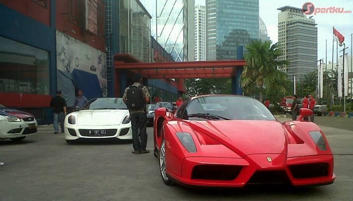 garuda-indonesia-bersama-ferrari-indonesia-mengadakan-lelang-ama-201112191046136664