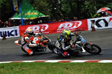 Indoprix 150 suzuki Satria F Vs Yamaha New V-ixion2