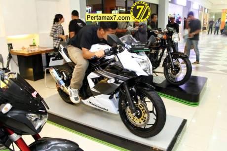 Launching Kawasaki Ninja 250 RR mono Yogyakarta 148