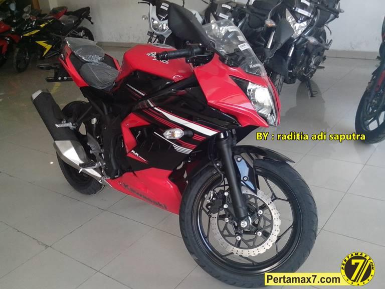 ninja 250 RR mono merah
