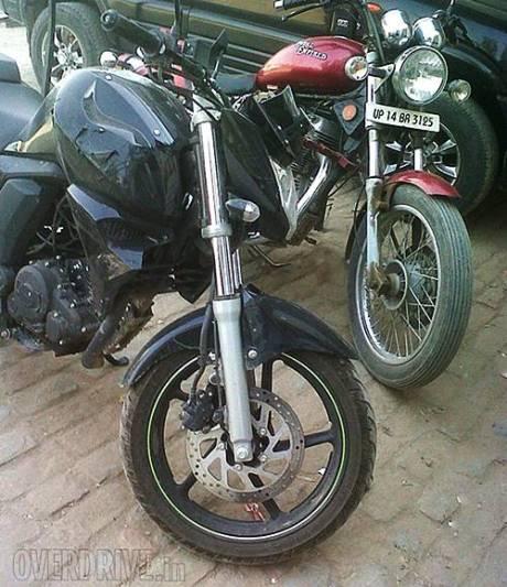 Yamaha-FZ-Facelift-Spy-Shot-Front