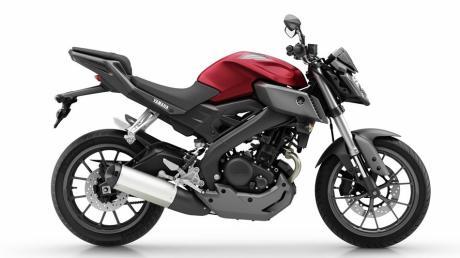 2014-Yamaha-MT125-EU-Anodized-Red-Studio-002