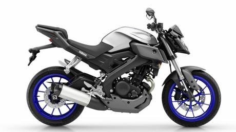 2014-Yamaha-MT125-EU-Race-Blu-Studio-002