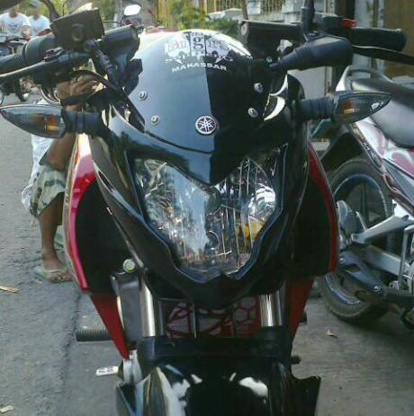 cover headlamp yamaha new Vixion atasi sinchan