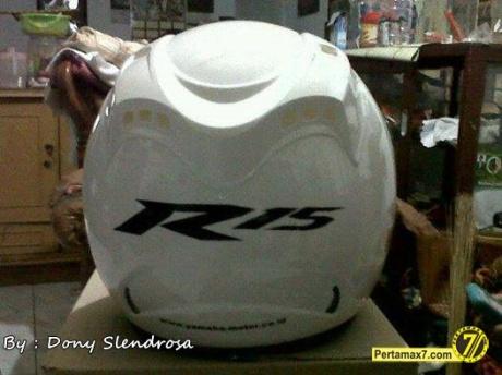 Helm Standar Yamaha R15 3