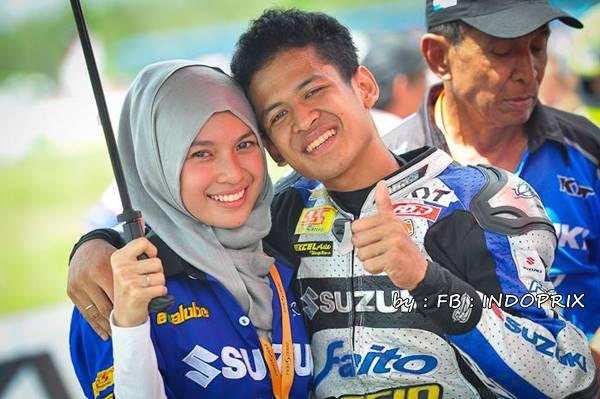 rafid topan suzuki dan istri