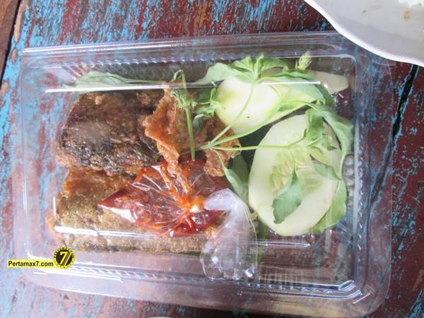 Rumah Makan Ikan laut Hj. Tipa Gresik Jawa Timur 4